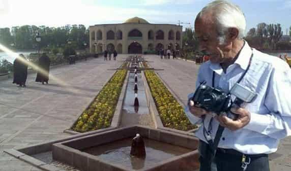 عکاس خاطرهساز ائلگولی در قطعه هنرمندان وادی رحمت آرام میگیرد